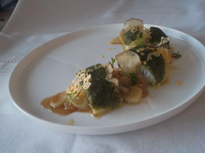 Aardpeerzalf met gebakken schorseneer en heilbot met kruidenkaaskorst Brugge Prestige kruidenkorst door Katrien D.