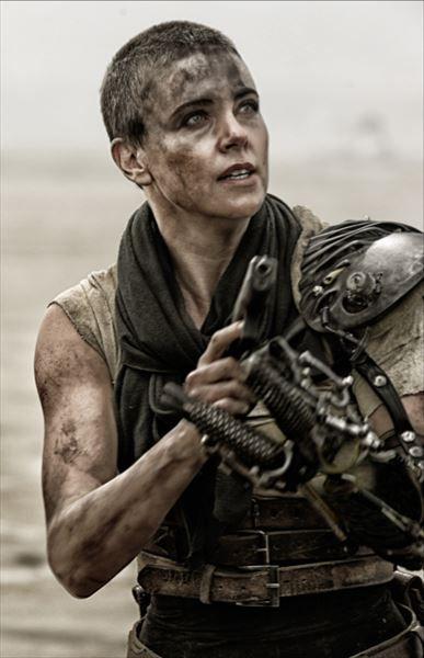 『マッドマックス』片腕の女戦士・フュリオサがスゴすぎる 映画史上最強の声も【動画】 - AOLニュース