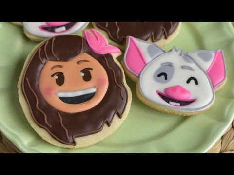 Moana and Pua the pig from Disney's Moana.  moana | disney | pua pig | disney movie | disney emoji blitz | cookies | decorated cookies | royal icing | sugar cookies | how to decorate moana cookies | haniela's|  https://www.youtube.com/watch?v=3k2A3cN4p-8