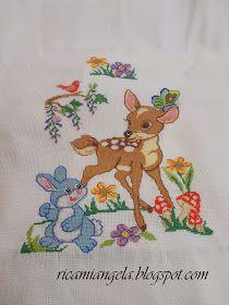 copertine per bambini ricamate a mano a punto croce e uncinetto filet, Bambi ricamato a punto croce e uncinetto filet, accappatoio per bambino, neonato cucito e ricamato a punto croce