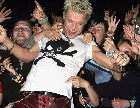 #BillyIdol #Rock #OnStage #CrowdSurf #Legend #EpicRights