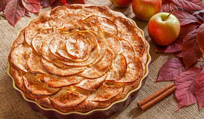 Fruchtiger Low Carb Apfelkuchen mit Zimt
