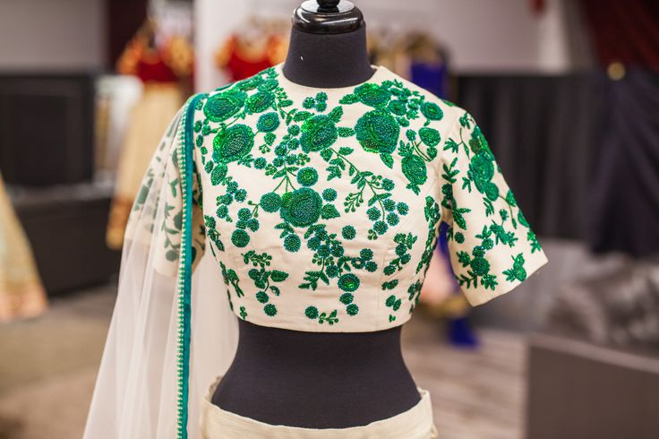 Beautiful intricate embroidery details from a stunning off white #lehenga with emerald green zardozi embroidery! How stunning does the emerald green look against the off white? love it! #indian #bridal #dulhan #love #wellgroomedinc #punjabi #bespoke #fashion