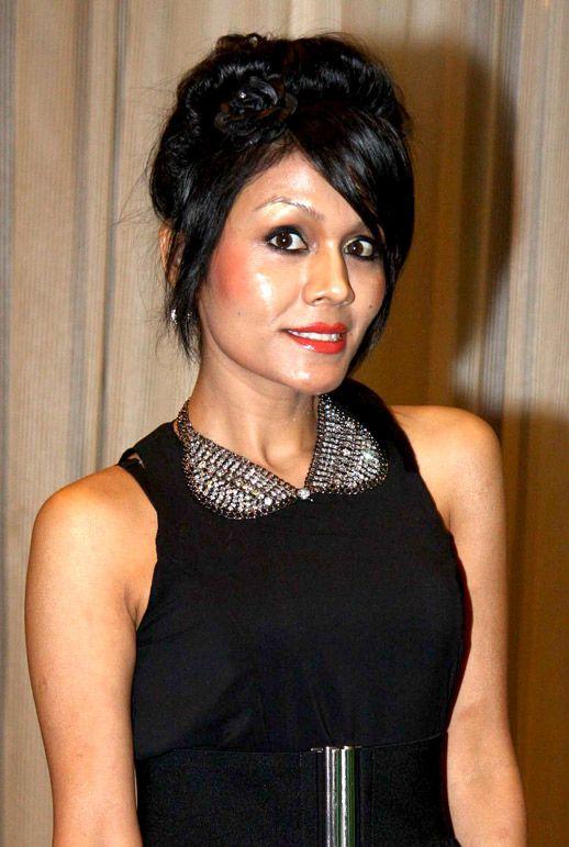 Dil Diyan Gallan Sonu Kakkar mp3 download.Dil Diyan Gallan mp3 download,Sonu Kakkar  new hit songs download, #sonukakkar # actress #bollywood #songs