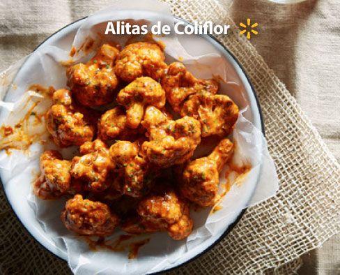 """Eleva cualquier cena en la Cuaresma con estas """"alitas"""" de coliflor. Prepáralas como alitas de pollo, con salsa búfalo y todo."""