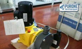 Dosing Pump Milton Roy GM0500 adalah pompa dosing kimia model vertikal untuk injeksi kimia sebesar 500 liter per jam pada tekanan kerja hingga 5 bar - http://www.purione.com/2017/06/dosing-pump-milton-roy-gm0500.html