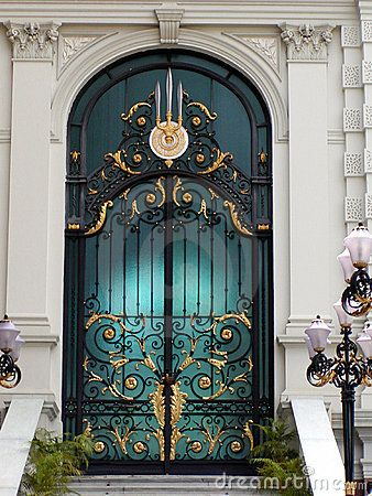 Thai Golden Door by Micha Fleuren, via Dreamstime