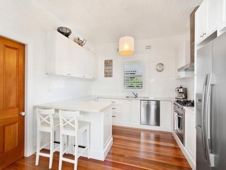 Photos of 9 George Street, Thirroul, NSW