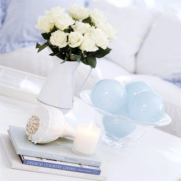 Easy Accessories: Beaches Houses Decor, Living Rooms, Coastal Cottages, White Roses, Beach Houses, Shabby Chic Cottages, Beaches Decor, The Beaches, Beaches Cottages
