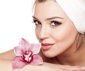 Сухая кожа особенно нуждается в бережном уходе и правильном подборе косметических средств. О том, как не стоит делать, если у вас сухая кожа лица, рассказали дерматологи.