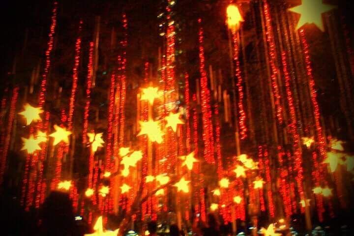 Ayala Triangle Christmas Light Show
