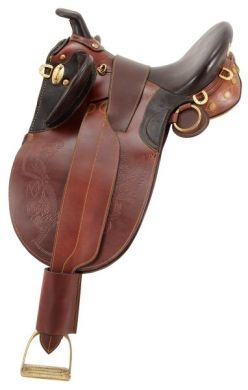 Australian riding saddle talk about conjoining english and western saddles lol This is beautiful...