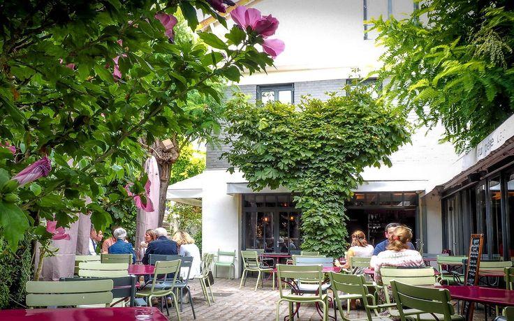 """""""Au Père Lapin"""" et sa cuisine inventive sont une excellente raison de traverser le périf' de Paris.  #LeFashionPost #restaurant #gastronomie #lifestyle #Suresnes #IledeFrance #cuisine #France"""