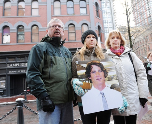 A month after Matthew Huzsar disappeared outside the Lamplighter pub following a company Christmas party Dec. 16, 2011, his dad Rod, sister Rachael and mother Danny Huszar announced a $10,000 reward for information on his whereabouts.