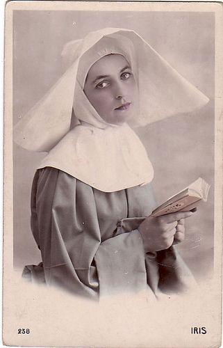 c. 1910 beautiful Sister of Charity