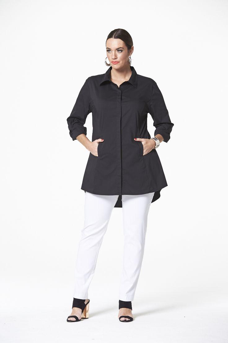 The Classic White Shirt in Black  #mysize #plussize #fashion #plussizefashion #spring #newarrivals #outfit