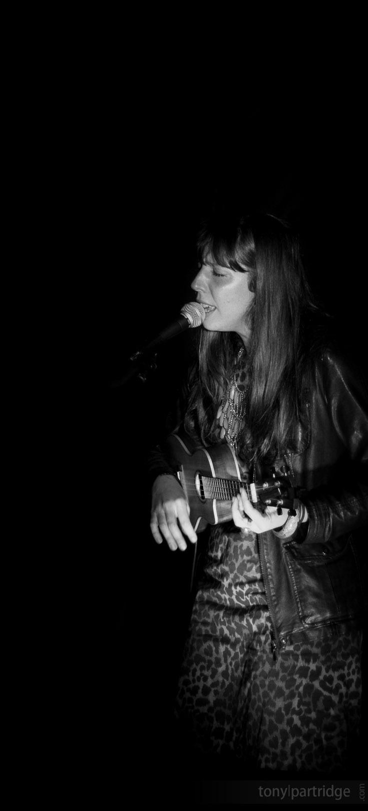 Andrea Soler performing at the Nimbin Bush Theatre #band #photography
