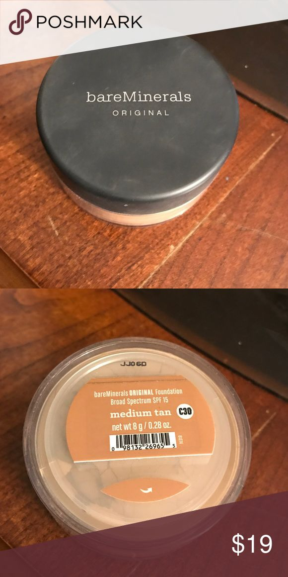 Bare Minerals Powder Foundation Color: Medium Tan Bare Minerals  Makeup Foundation