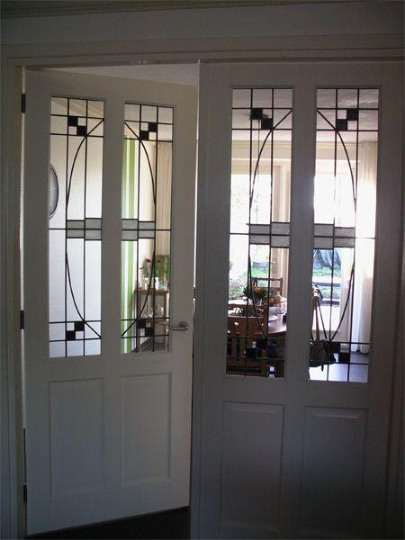 25 beste idee n over openslaande ramen op pinterest kozijn hoge ramen en aanrecht venster - Deco buitenkant idee ...