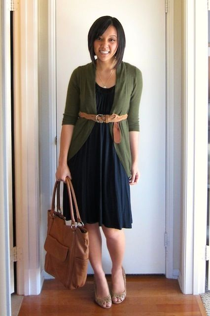 big bag + dress + belt = an outfit I want!