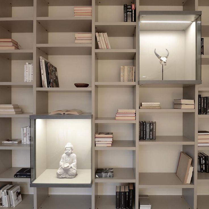 Just completed bookcase by Poliform. Sorry for showing it! You probably don't want anything else :-) by Gordon design  Právě dokončená knihovna Poliform by Gordon design :-)