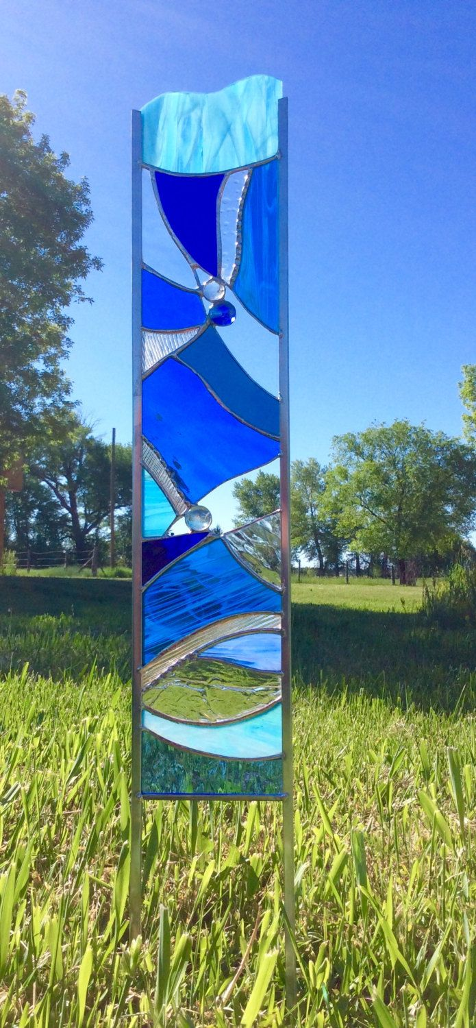 STAINED GLASS GARDEN Stake - art glass for your garden in beautiful Blue by Tristansartworks on Etsy