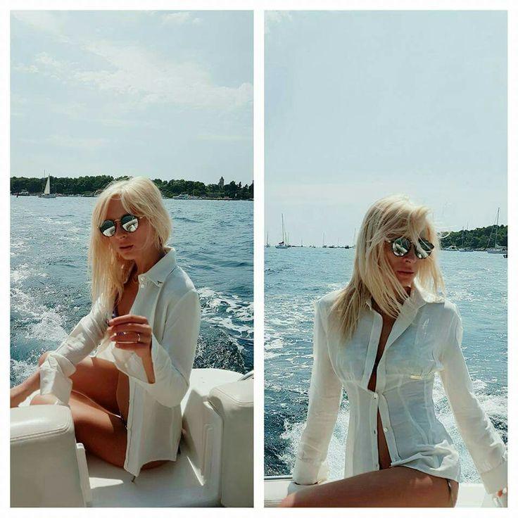 Monte Carlo glamour: Lei appare vestita di sole, vestita di colori con il mare sotto i suoi piedi...                                                   Camicia|SS2016|by Mauro Franchi|marketing@maurofranchi.com