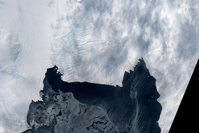 Pine Island Glacier Rift from Landsat by NASA Goddard Photo and Video, via Flickr