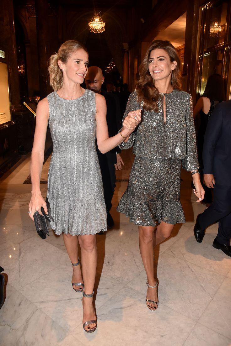 La Primera Dama, Juliana Awada, junto a Julieta Spina en la gala de beneficio de DISFAM, que se llevó a cabo en el Alvear Palace Hotel