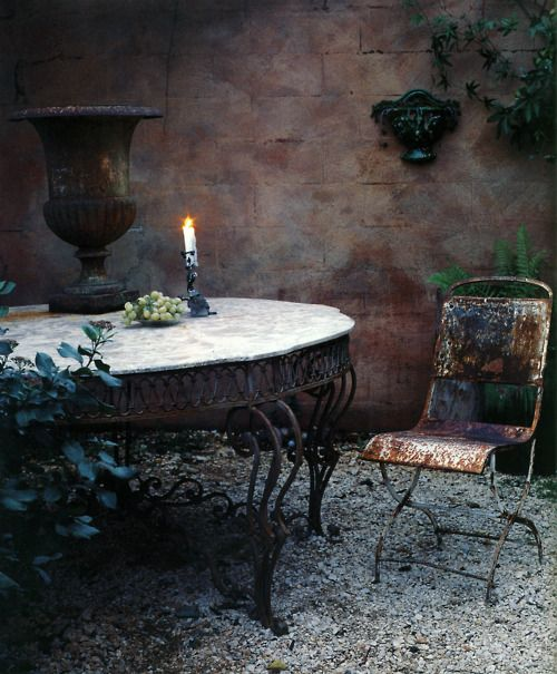 .j'adore!Iron Furniture, Enchanted Gardens, Ivy House, French Country, Outdoor French, Country Courtyards, Essential Outdoor, Outdoor Spaces, Private Gardens