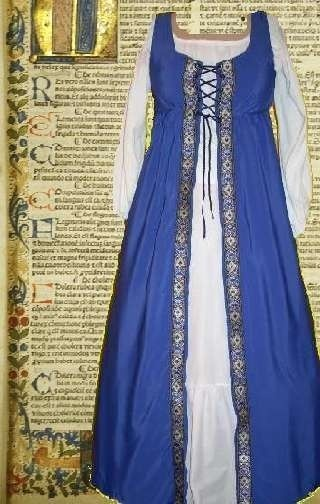 Renaissance Gown Medieval Costume SCA Garb by camelots0closet, $47.00 The color might work for Bianca...not sure. To bright, but how much wash out from lights....-DLS