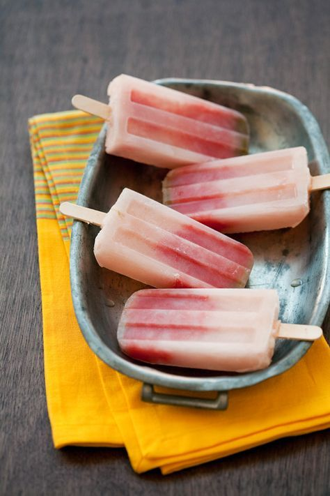 Because boozy popsicles are the best! Tequila Watermelon Popsicles - a perfect adult 4th of July treat!