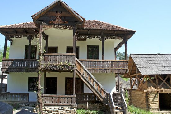casa-olar-Gorj-Muzeu-Sibiu.jpg (550×367)