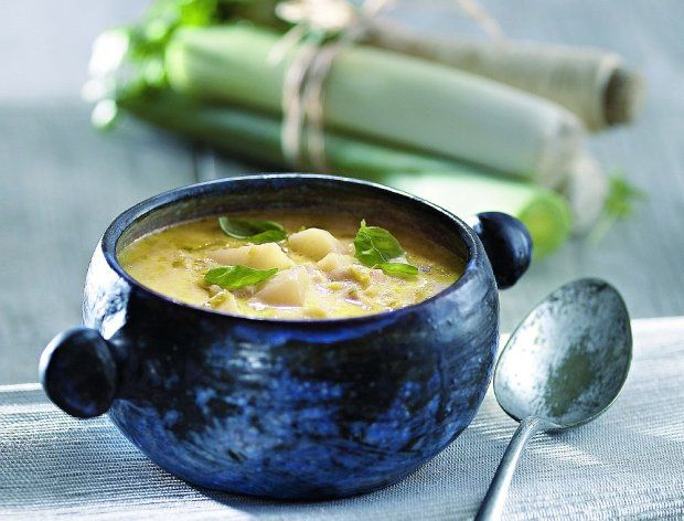 Zupa z porów z serem Brie