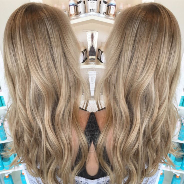 The right combination of blonde tones paired with some babylights makes for the perfect natural look. Color done by Cara (@secretlifeofacolorist) #babylights #multidimensionalblonde #naturaltones #peterdelucasalon