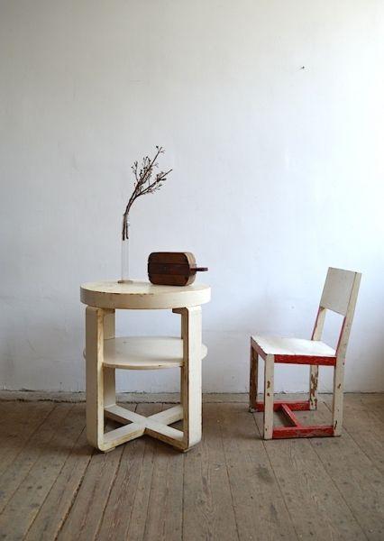 Bauhaus round table- artKRAFT - Furniture&Design