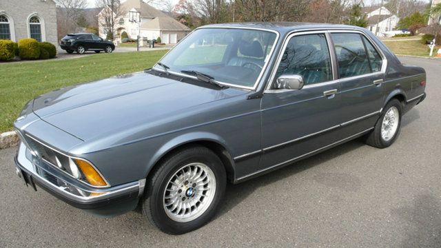 GCFSB Alumnus 1982 BMW 745i