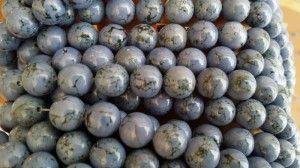 Niebieski howlit 3 / Magnezyt - kule 10 mm