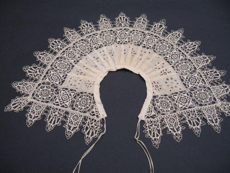 collar B.jpg . 17th century /cutwork and stem stitch embroidery / border: reticello and punto in aria