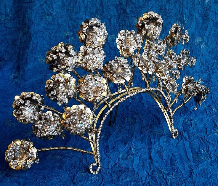 Vintage tiara comb Sumatra Indonesia wedding headdress