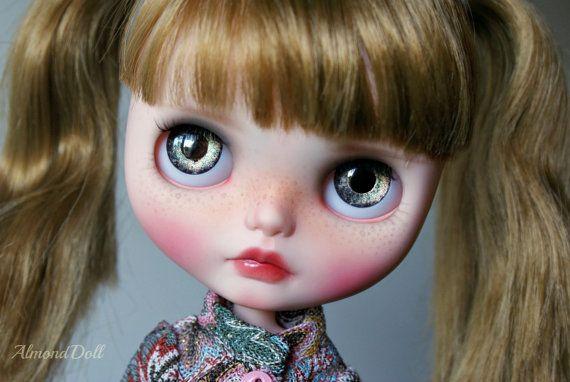 Hazel- zakázku OOAK Blythe panenky, jedinečné umělecké panenky podle AlmondDoll