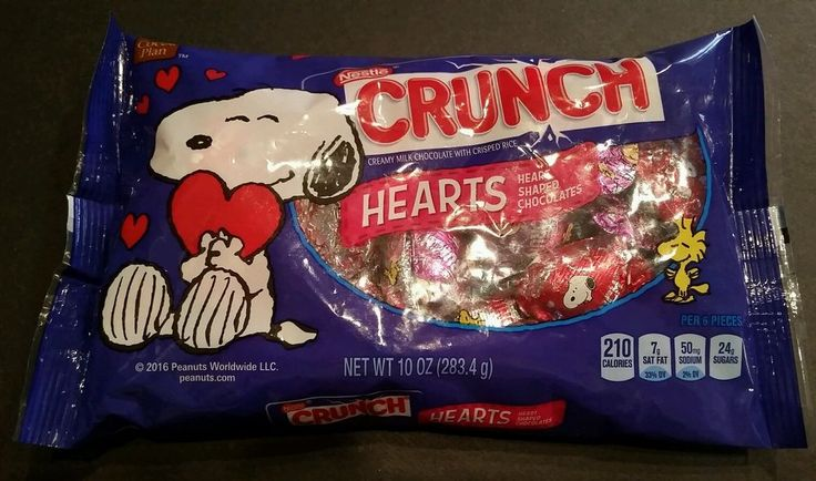 Peanuts Snoopy Nestle Crunch Heart Shaped Chocolates 10 oz