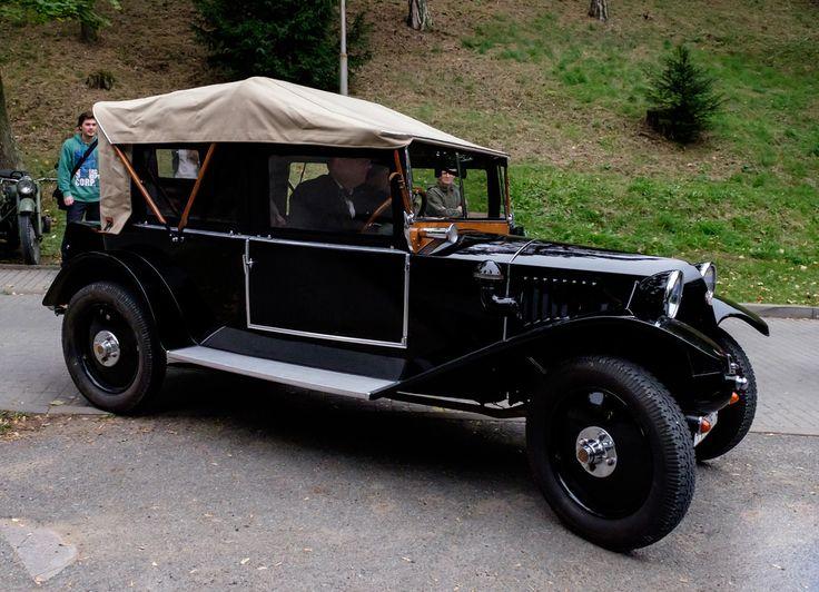 Tatra 12 cabriolet