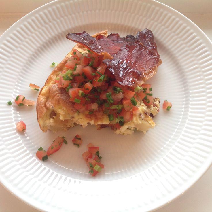 Kartoffelæggekage med tomatsalsa