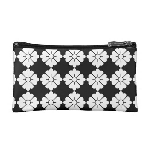 Customizable floral pattern purses / cosmetics bags - Customizable: The design (in white) is tileable (you can scale it up or down to customize it). The background (in black in the preview) can be changed to any color you like.