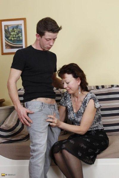 Top bewertete Videos von Tag: granny sex videos