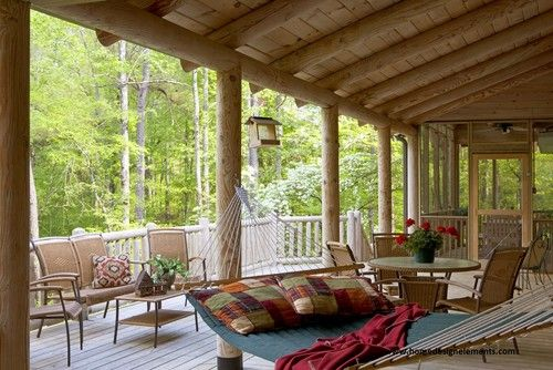 Transition Your Outdoor Living from Summer to Fall  Must