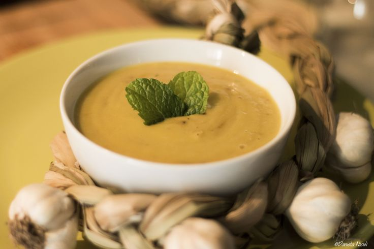 Supa crema de usturoi