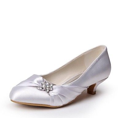 Shoes Closed Toe Kitten Heel Satin Pumps with Rhinestone Wedding Shoes (lightinthebox.com)
