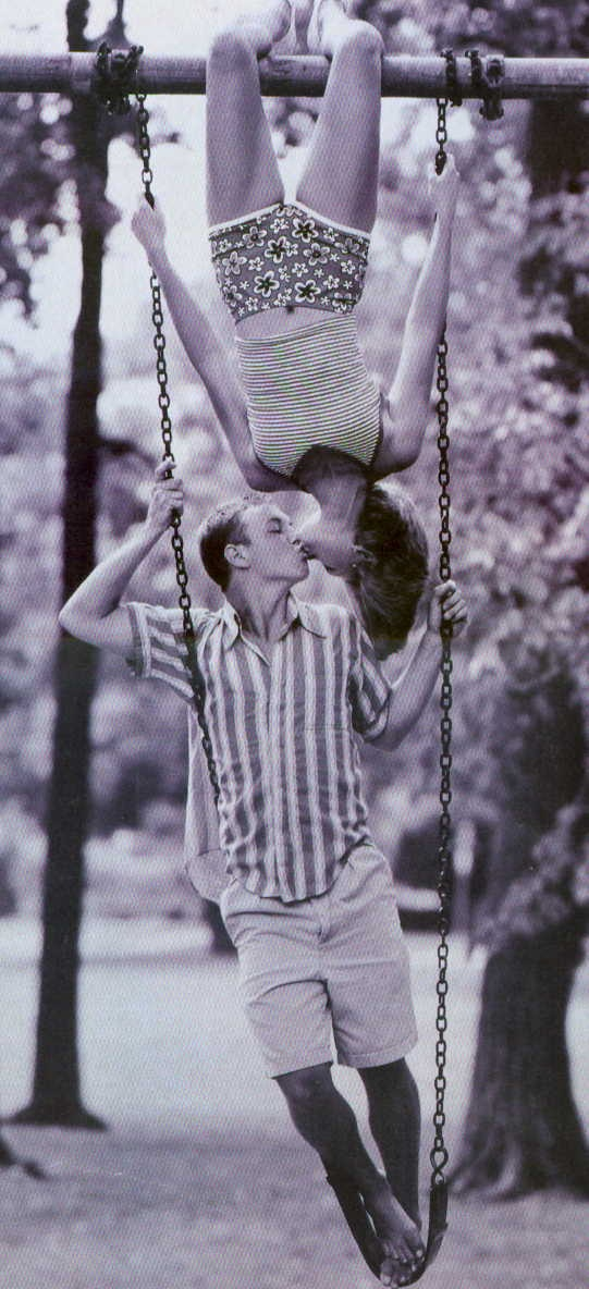 cute...but i would definitely need to be the one standing on the swing lol